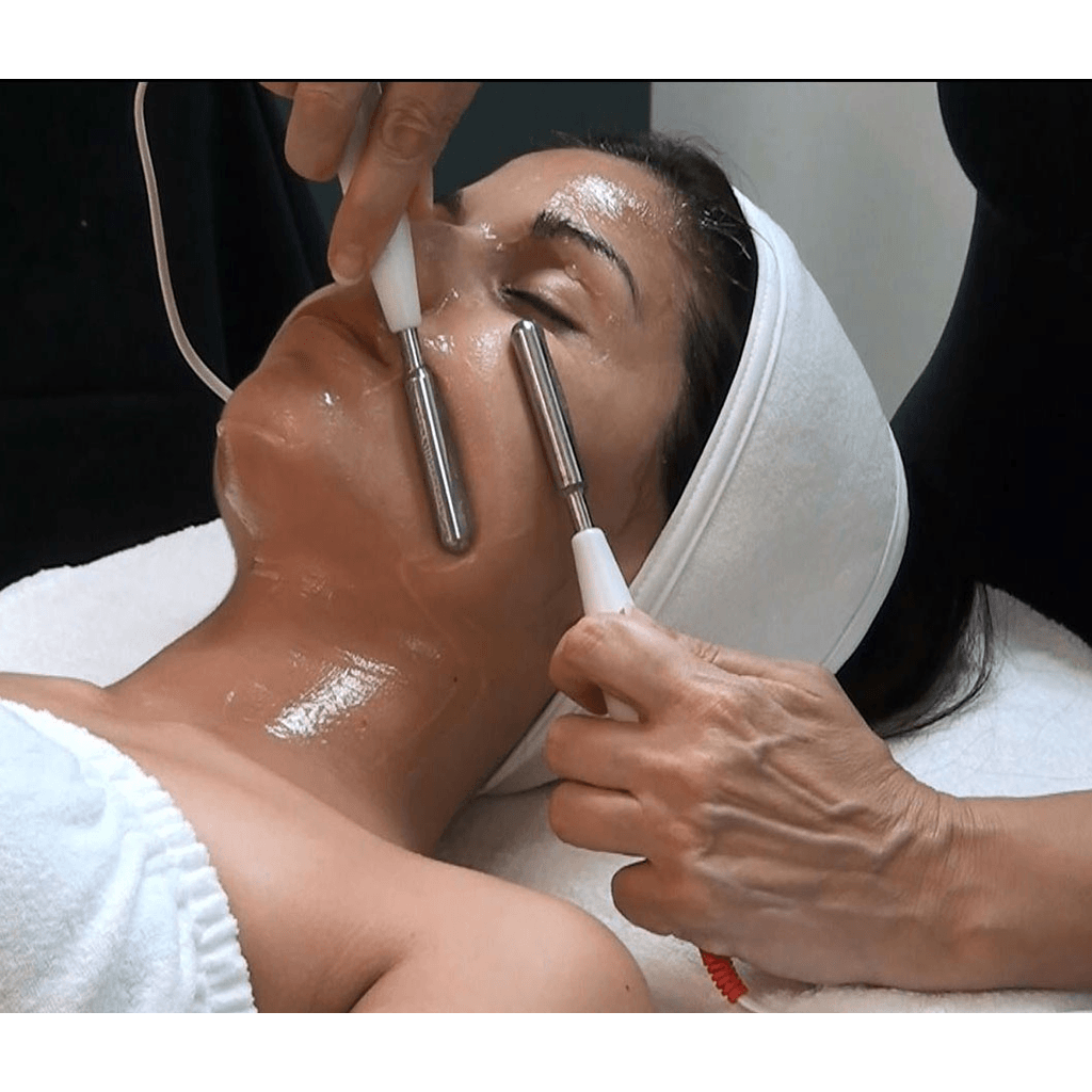 Microcurrent Customized Facial